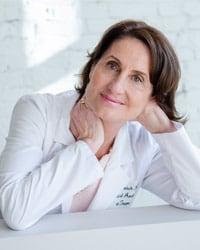 Susan Elizabeth Busch Headshot